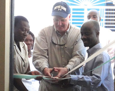 Ribbon cutting for the Leogane vocational training program